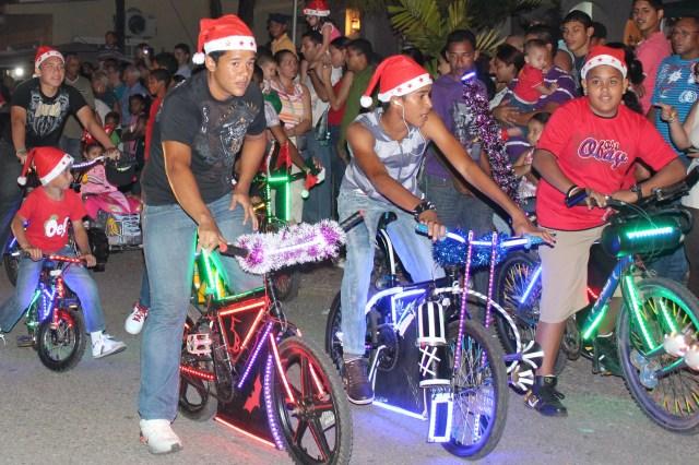 Desfile de Navidad_December 2012