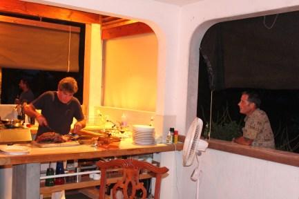 SU supervising the cook.