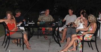 El patio gang.