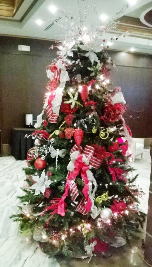 Hotel Christmas Tree 2