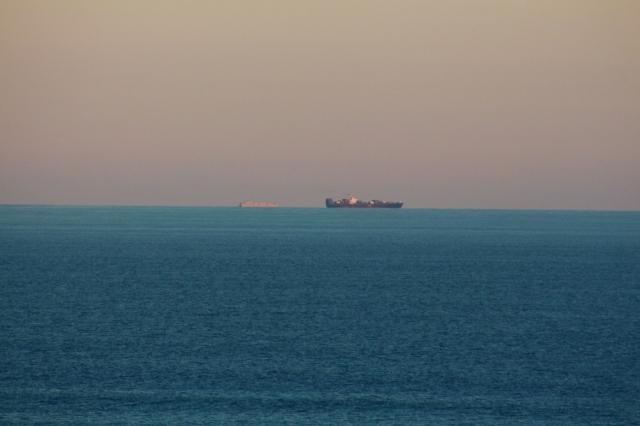 ships 9